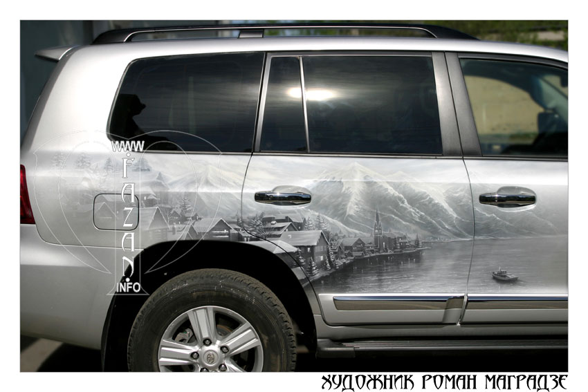Аэрография на серебристом автомобиле Toyota Land Cruiser 200. Фото 04.