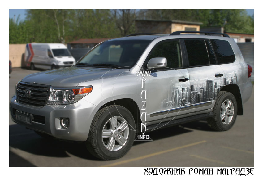 Аэрография на серебристом автомобиле Toyota Land Cruiser 200. Фото 15.
